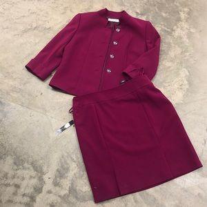NWT Tahari Berry Suit Set